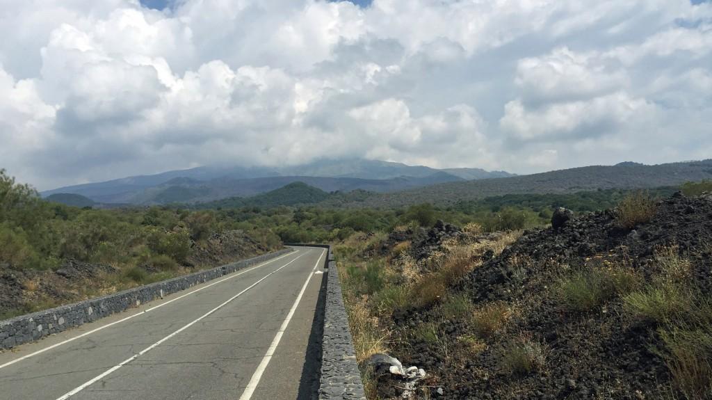 Vejen til Etna Syd.
