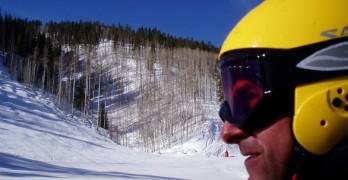 Husk skihjelmen på din skiferie