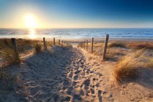 Hold ferie i Danmark – find din feriebolig online