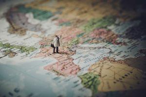 Smukke verdenskort og rejseplakater